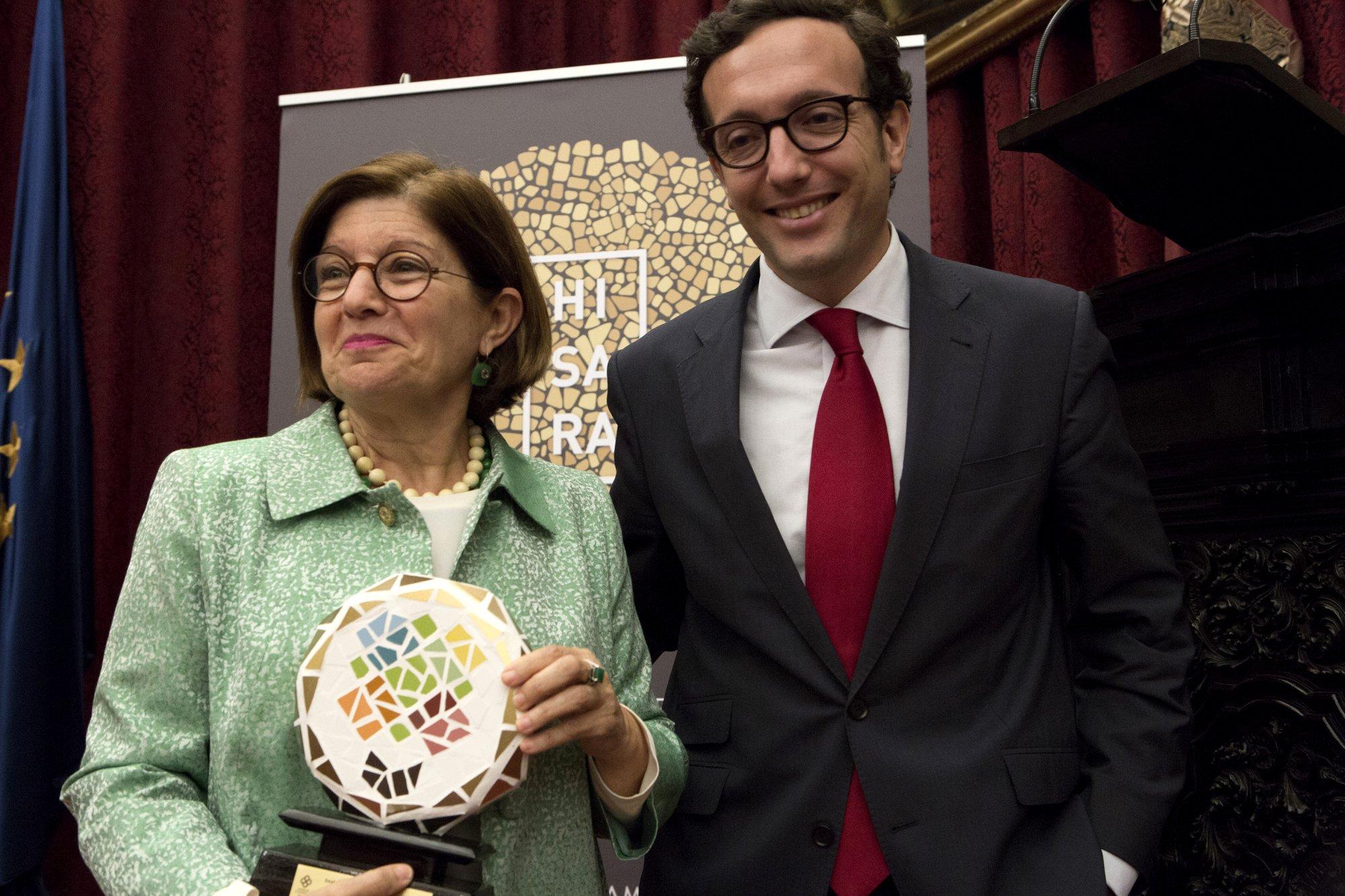 Ms. Rosario Berriel Martínez from Universidad de Las Palmas de Gran Canaria and Mr. Alfonso Gentil from SEPIE